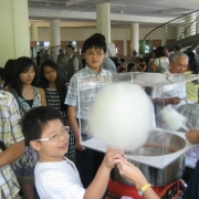 cotton-candy-at-wedding-solemnization-6